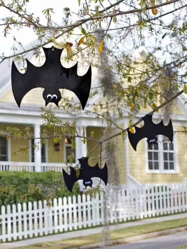 Floating foam bats