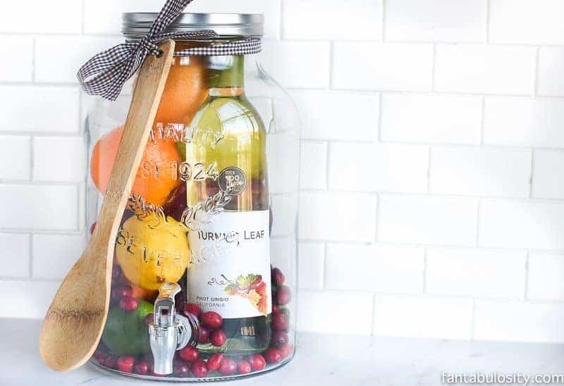 sangria in a jar, diy Christmas gifts