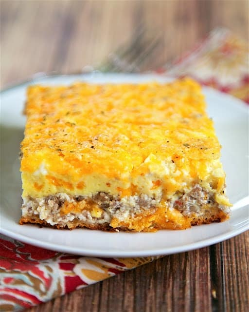 sausage & cream cheese breakfast casserole