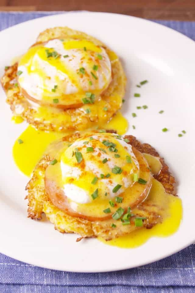 cauliflower eggs Benedict