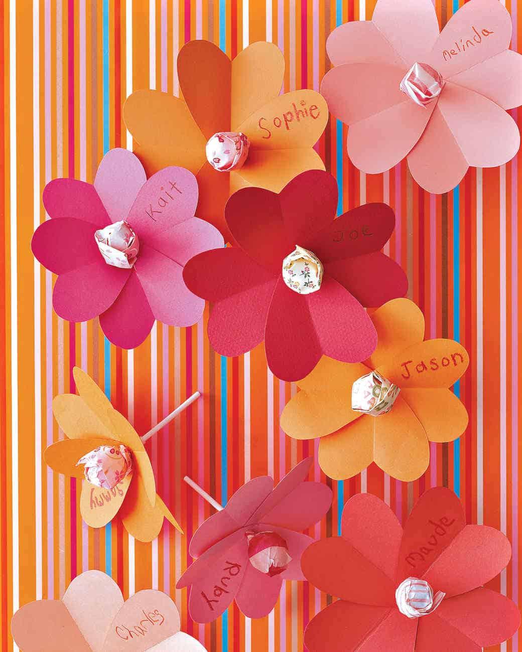 heart and flower lollipops