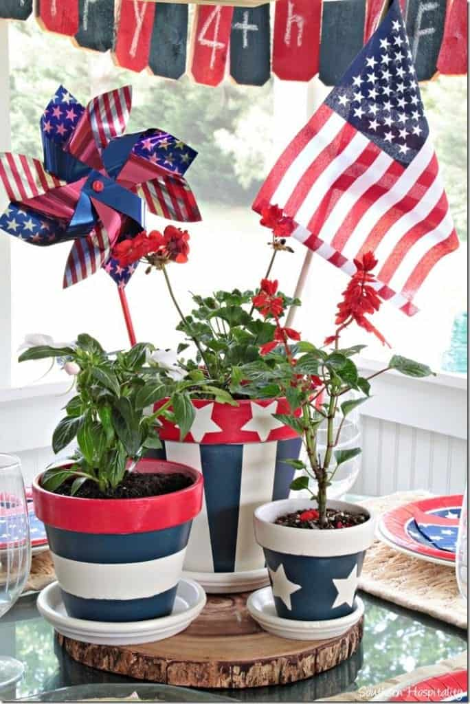 patriotic clay pots, paint clay pots